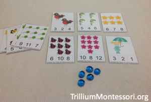 Spring Counting Clip Cards from 3 Dinosaurs